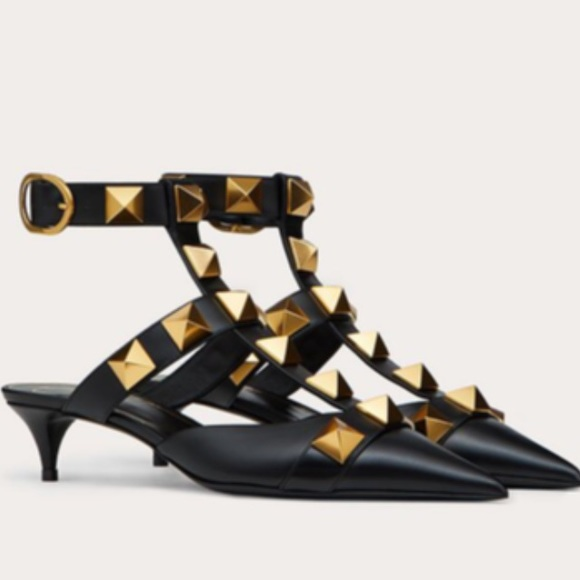 Black Ladies Gladiator kitten heels